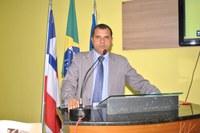 ATRAVÉS DE PROPOSIÇÃO APRECIADA NA CÂMARA DE VEREADORES DR. JOSÉ ANTONIO PROPÕE AO PREFEITO RICARDO MASCARENHAS A CONTRATAÇÃO DE PLANO DE SAÚDE PARA OS FUNCIONÁRIOS PÚBLICOS, EXTENSIVOS AOS SEUS DEPENDENTES.