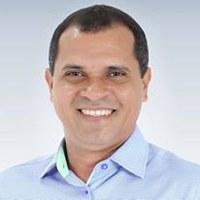 PRESIDENTE DA CÂMARA DE VEREADORES DE ITABERABA DR. JOSÉ ANTONIO PROPÕE AO PREFEITO RICARDO MASCARENHAS QUE CRIE EM ITABERABA O LAR PÚBLICO PARA IDOSOS.